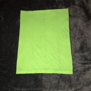 Green stretchy shirt type